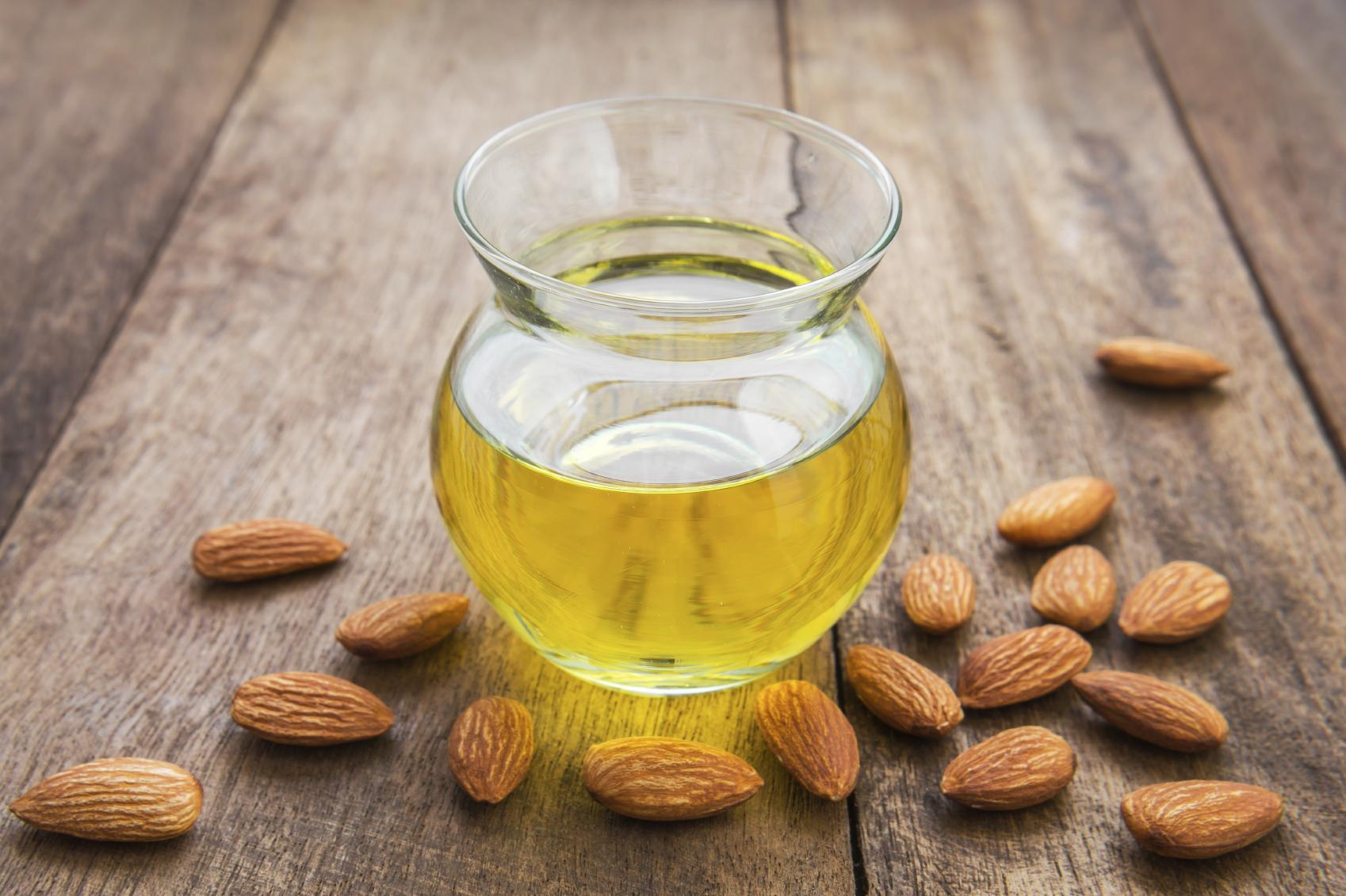 benefits-of-sweet-almond-oil