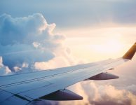 Best_tips_for_flying_with_a_newborn_baby